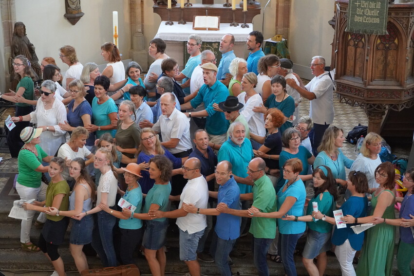 "Die Voices mit ""King of the Road"" in der Spitalkirche in Schwabach"