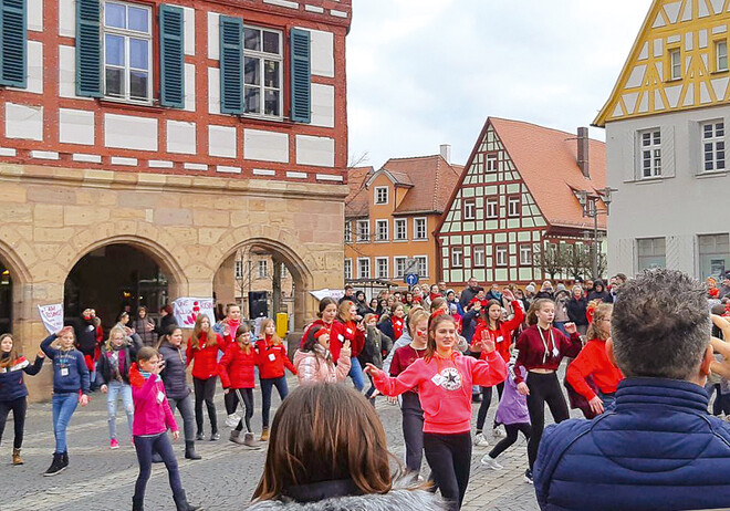 One Billion Rising: Schwabach tanzt mit