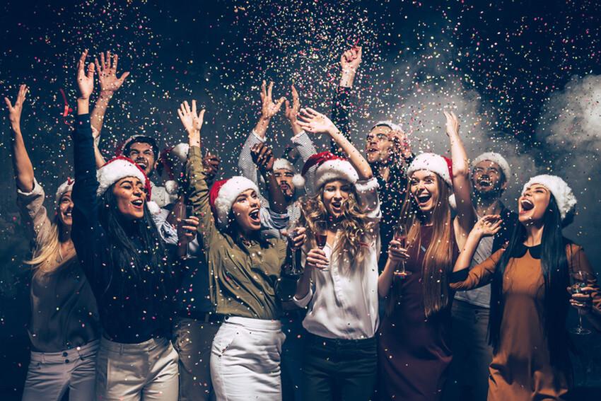 Ideen Weihnachtsfeier Firma.Funf Ideen Fur Die Weihnachtsfeier Im Betrieb Region