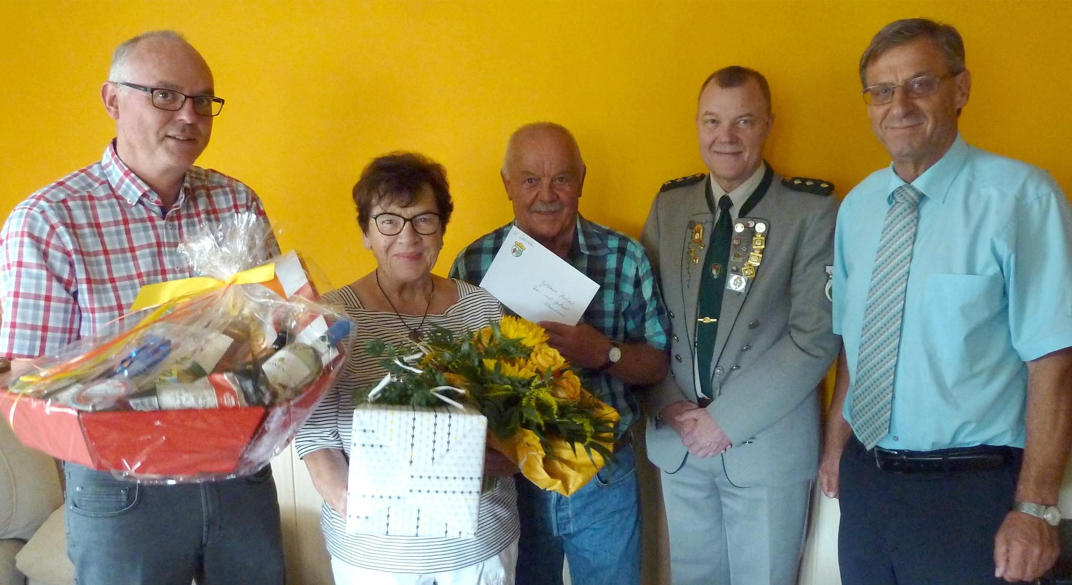 Rosi Und Gerhard Schmidbauer Feiern Goldene Hochzeit